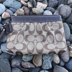 Coach wristlet brown and tan
